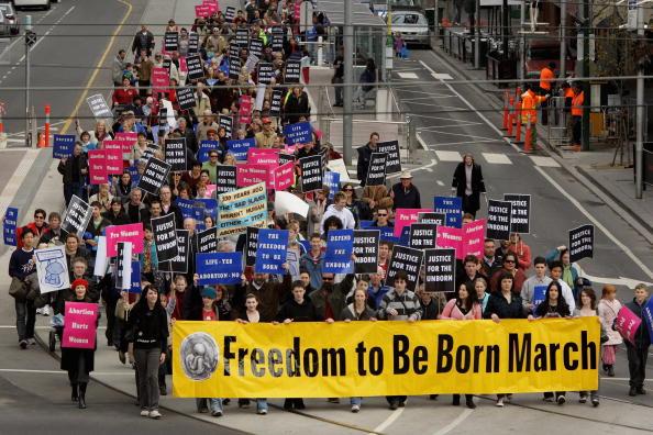 Effort「Protest Against Government's Plans To Decriminalise Abortion」:写真・画像(13)[壁紙.com]