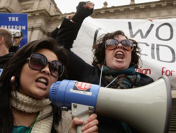 Effort「Protest Against Government's Plans To Decriminalise Abortion」:写真・画像(14)[壁紙.com]