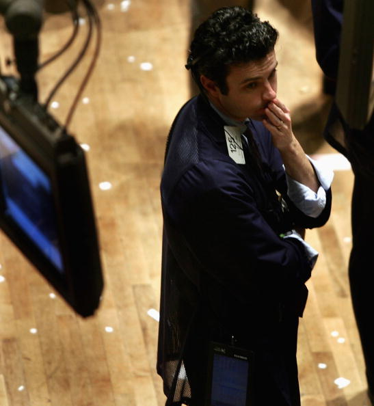 Emotional Stress「Traders Work The Floor At NYSE」:写真・画像(16)[壁紙.com]