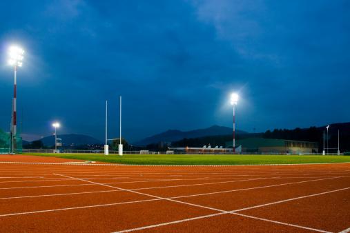 Finishing「Track and Field Stadium at Night」:スマホ壁紙(18)