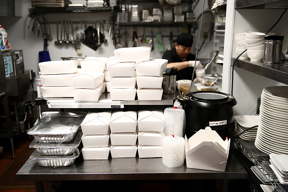 Salad「Upscale San Francisco Restaurant Offers Curbside Pickup During Coronavirus Shutdown」:写真・画像(19)[壁紙.com]