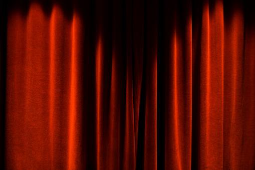 Velvet「Closed Red Theater Curtains」:スマホ壁紙(10)