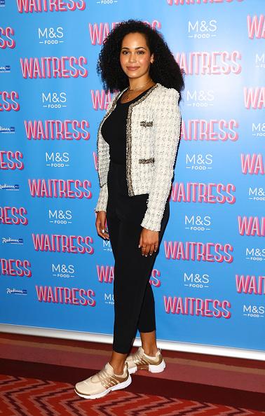 "Chanel Jacket「""Waitress"" At The Adelphi Theatre Media Night - Arrivals」:写真・画像(5)[壁紙.com]"
