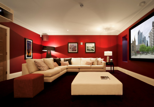 Basement「luxurious cinema room with projection」:スマホ壁紙(9)