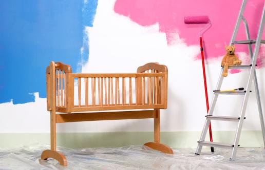 ピンク色「Preparing nursery for new born baby」:スマホ壁紙(13)