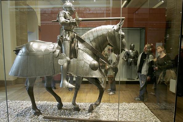 Horse「German Historical Museum Opens」:写真・画像(1)[壁紙.com]