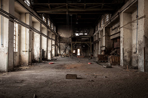 Old industrial building:スマホ壁紙(壁紙.com)