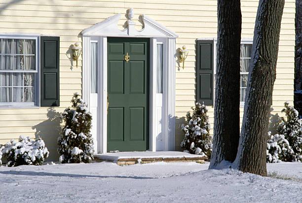 Front door of house:スマホ壁紙(壁紙.com)