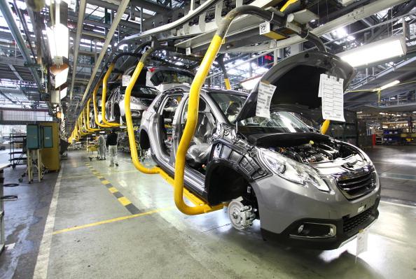 Mulhouse「Automobile Production At PSA Peugeot Citroen Plant In Mulhouse」:写真・画像(6)[壁紙.com]