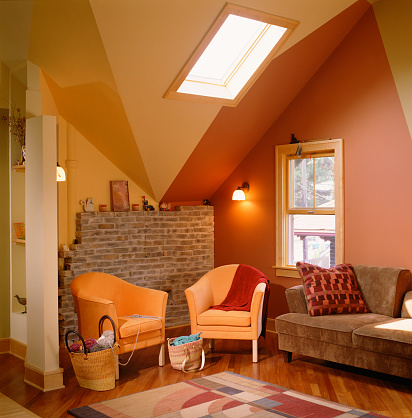Orange Color「Bold Colors Emphasizing Finished Attic Ceiling」:スマホ壁紙(15)