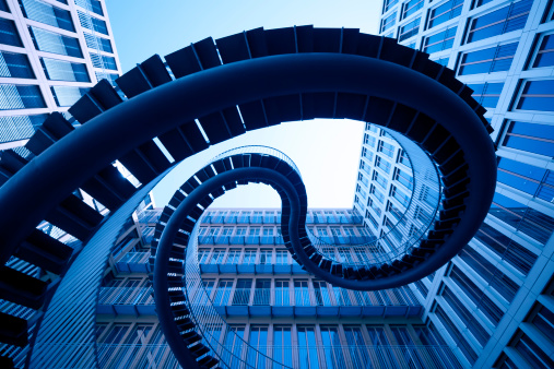 Square Shape「spiral stiars in front of modern architecture」:スマホ壁紙(15)