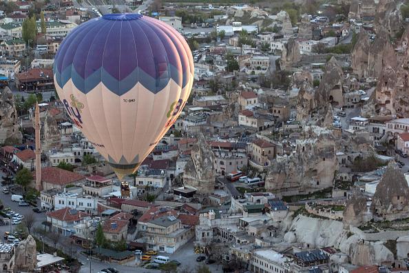 Tourism「Peak Tourist Season Begins in Turkey's Famous Cappadocia Region」:写真・画像(5)[壁紙.com]