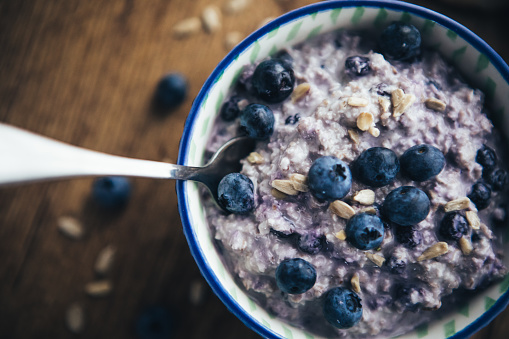 Granola「Healthy Breakfast, Blueberry Overnight Oatmeal」:スマホ壁紙(6)