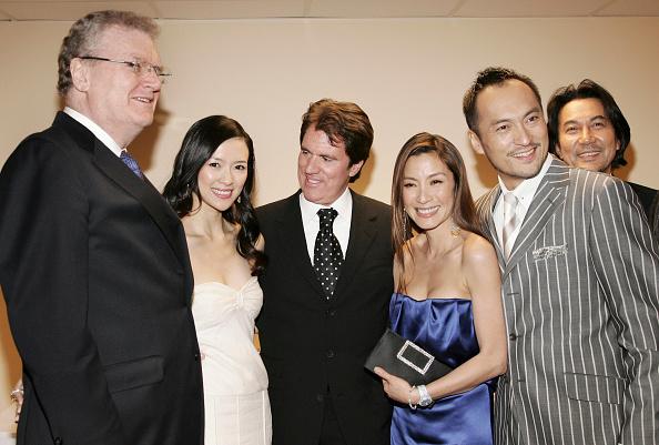 "Stringer「Sony Premiere Of ""Memoirs Of A Geisha"" ? Arrivals」:写真・画像(8)[壁紙.com]"