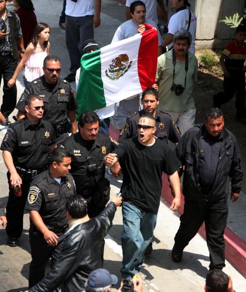 Baja California Peninsula「Immigrants Rally And Hold Boycotts Nationwide」:写真・画像(7)[壁紙.com]