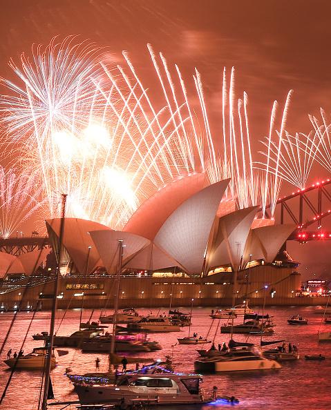 Sydney「Sydney Celebrates New Year's Eve 2019」:写真・画像(8)[壁紙.com]