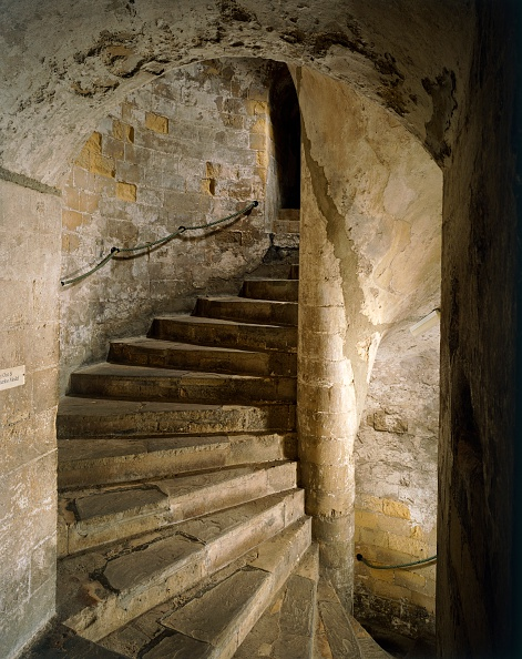 Steps「South staircase of the keep of Dover Castle, Kent, c2000s(?)」:写真・画像(10)[壁紙.com]