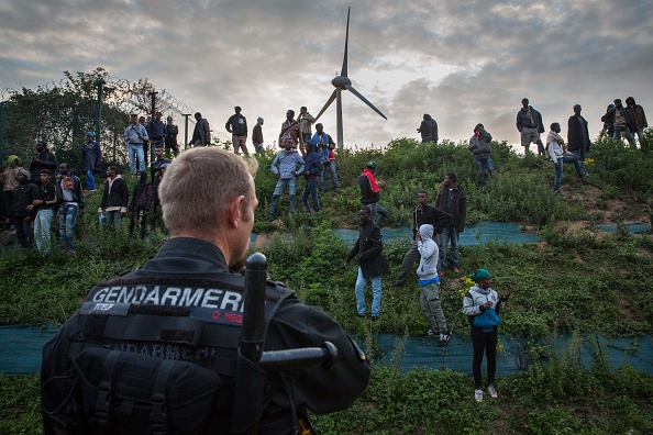 Calais「Calais Migrants Attempt To Find A Way To Reach The UK」:写真・画像(14)[壁紙.com]