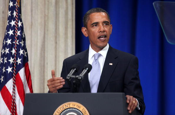 Crisis「Obama Delivers Speech On Wall St. One Year After Start Of Financial Crisis」:写真・画像(16)[壁紙.com]