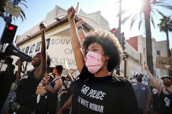 Black Lives Matter「Black Lives Matter Protestors Rally In Los Angeles」:写真・画像(18)[壁紙.com]