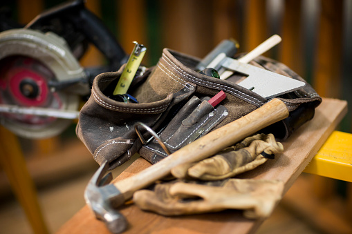 Carpentry「Carpentry Tools On Wooden Plank.」:スマホ壁紙(6)