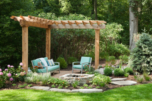 Paving Stone「Outdoor living space with portcullis.」:スマホ壁紙(1)