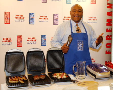 George Foreman「George Foreman Launhces New Grill in London」:写真・画像(0)[壁紙.com]