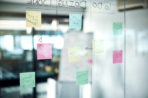 Strategy「Where brainstorming brilliance happens」:スマホ壁紙(18)