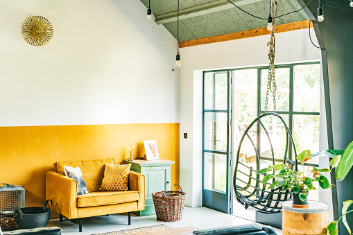 背景「Interior of a Scandinavian, loft style, eclectic, boho living-room.」:スマホ壁紙(14)