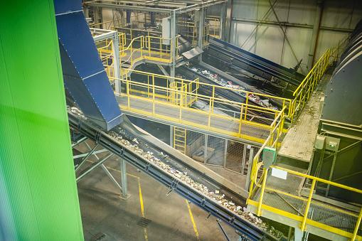 Waste Management「Interior of Waste Management Processing Facility」:スマホ壁紙(5)