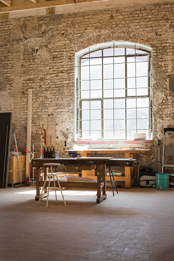 Carpentry「Interior of a carpenter's workshop」:スマホ壁紙(9)