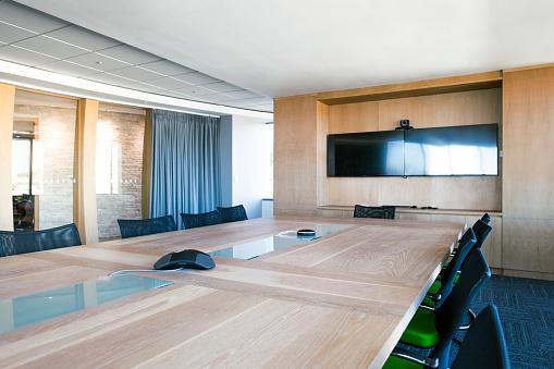 Business Meeting「Interior of elegant board room.」:スマホ壁紙(15)