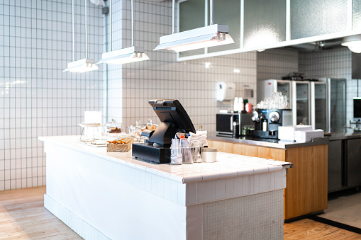 Cafeteria「Interior of an empty coffee shop」:スマホ壁紙(14)