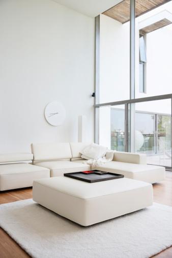 Vertical「Interior of modern living room」:スマホ壁紙(3)