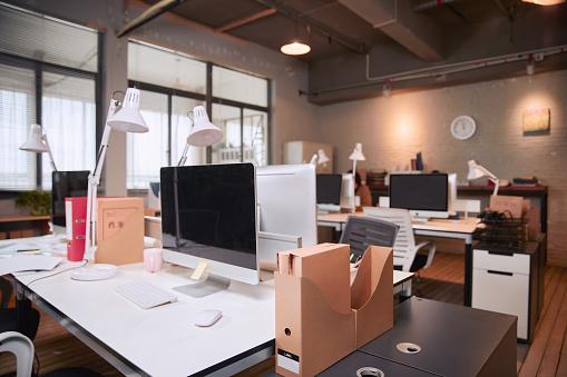 Corporate Business「Interior of modern office」:スマホ壁紙(15)