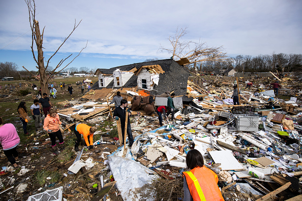 Tennessee「22 Dead As Tornadoes Roar Across Tennessee, Including Nashville」:写真・画像(16)[壁紙.com]