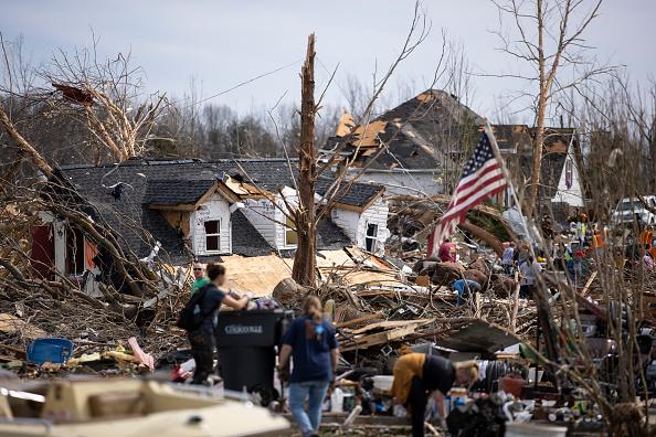 Tennessee「22 Dead As Tornadoes Roar Across Tennessee, Including Nashville」:写真・画像(14)[壁紙.com]