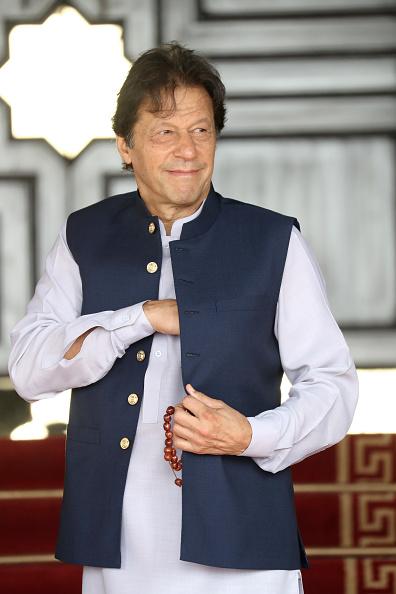 縦位置「The Duke And Duchess Of Cambridge Visit Islamabad - Day Two」:写真・画像(1)[壁紙.com]