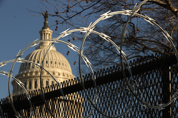 Capitol Hill「Washington, DC Prepares For Potential Unrest Ahead Of Presidential Inauguration」:写真・画像(8)[壁紙.com]