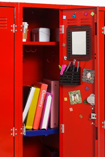 Locker「Open School Locker」:スマホ壁紙(14)