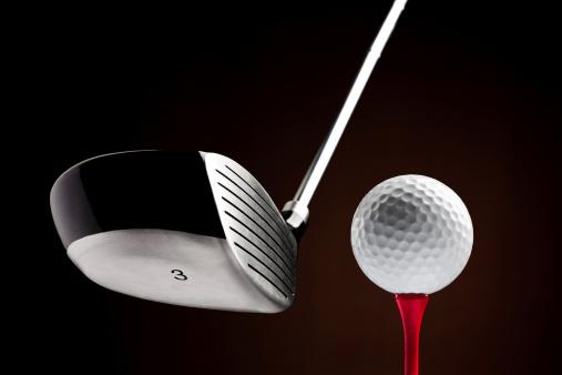 Golf Ball「Golf Clubhead hitting a Ball on the Tee」:スマホ壁紙(2)