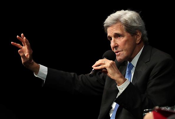 John Kerry「John Kerry Addresses San Francisco's Commonwealth Club」:写真・画像(9)[壁紙.com]
