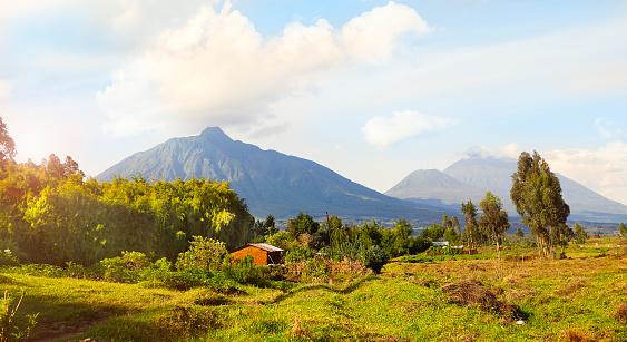 Volcano「Virunga Mountains and Volcanoes in Rwanda」:スマホ壁紙(6)