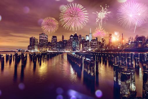 花火「ニューヨーク市で新年のお祝い」:スマホ壁紙(15)