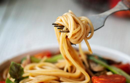 Spaghetti「Homemade sausage and tomato spaghetti」:スマホ壁紙(3)