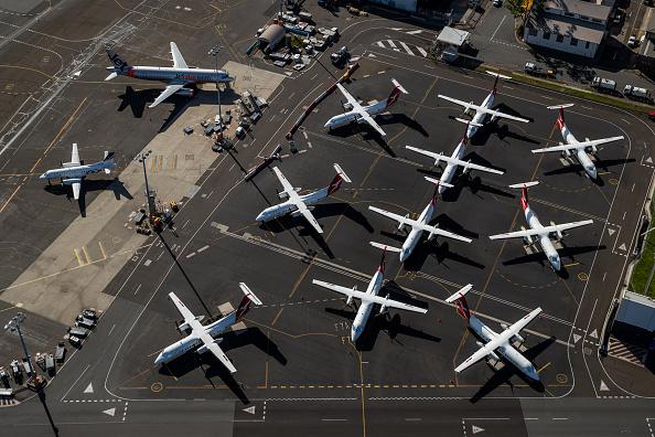 Airport「Aerial Views Of Sydney As Australia Sees Steady Decline In New Coronavirus Cases」:写真・画像(17)[壁紙.com]
