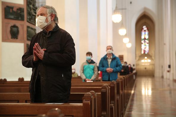 Church「Churches Hold Religious Services Again As Lockdown Measures Ease」:写真・画像(3)[壁紙.com]