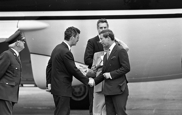 Visit「Prince Charles visit to Ireland 1995」:写真・画像(1)[壁紙.com]