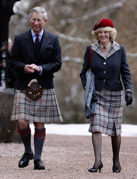 Skirt「Prince Charles And Camilla Mark First Wedding Anniversary」:写真・画像(9)[壁紙.com]