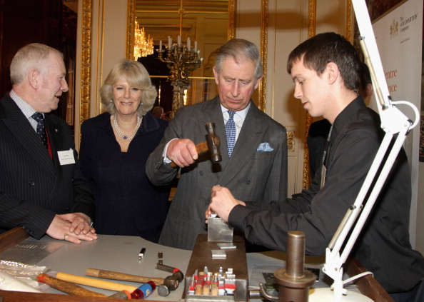Business Finance and Industry「The Prince Of Wales And Duchess Of Cornwall Meet Apprentices At Goldsmiths Hall」:写真・画像(7)[壁紙.com]